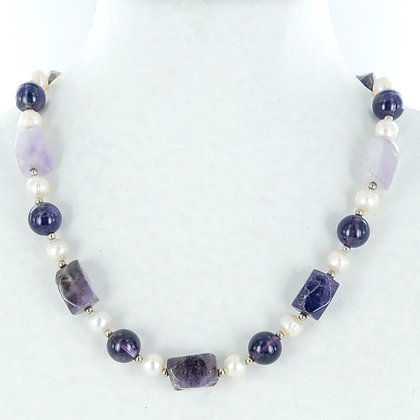 Purple amethyst and pearl sample necklace
