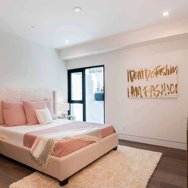 hermosa beach contemporary coral guest h