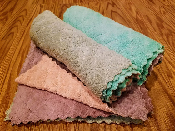Set of 12 Cloth Wipes
