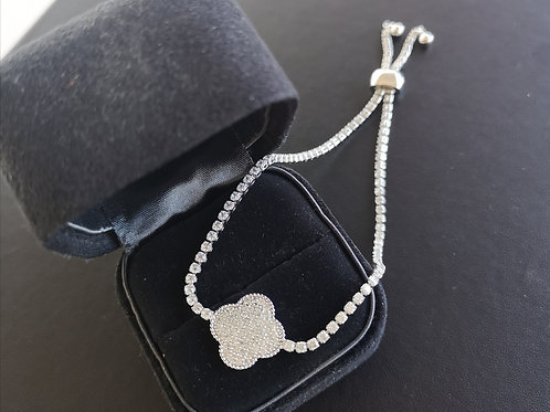 Lucky Clover with high quality cubic zirconia Bracelet