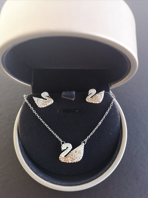 Classic Gradient Champagne Swan Necklace with Earrings Gift Set
