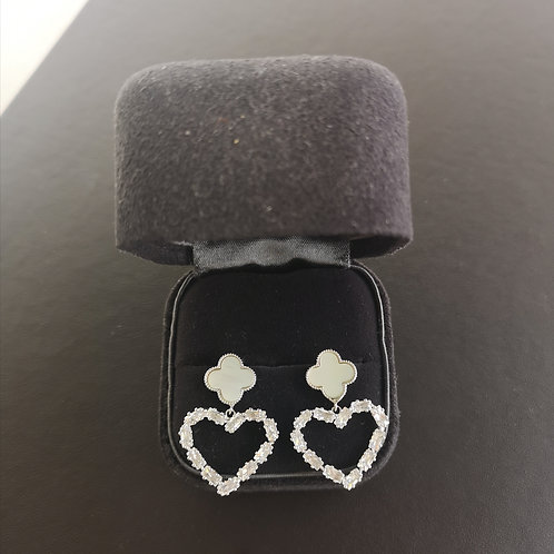 Lucky Clover with Heart Design Lady Fashion Earrings 925 Sterling Silver
