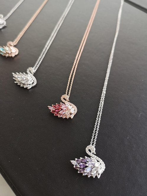 SWAN design fashion necklace