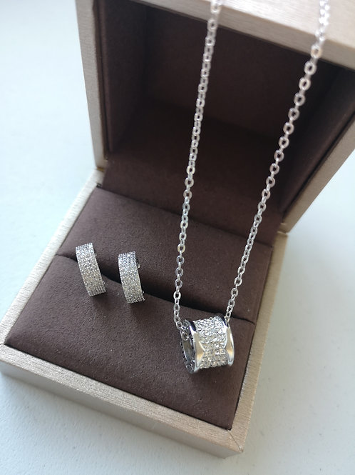 925 Sterling Silver Plated  Fashion necklace  Gift Set
