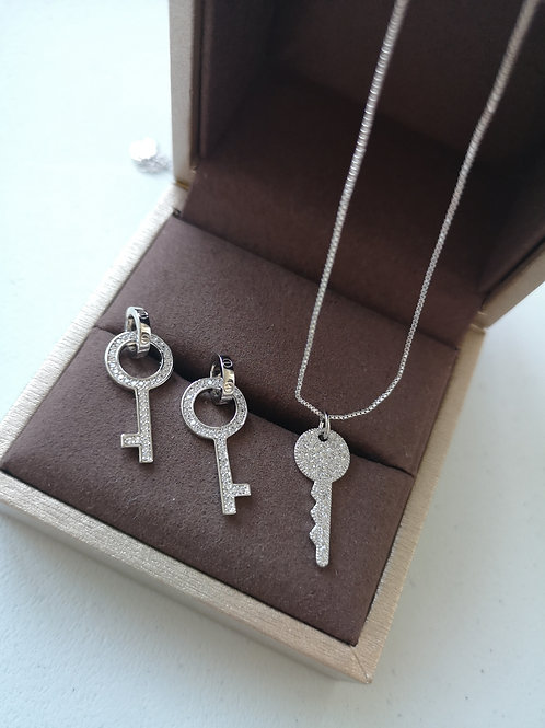925 Sterling Silver Plated Key Design Fashion necklace  Gift Set