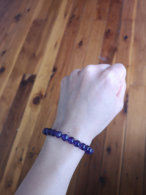 Polished amethyst bracelet medium purple
