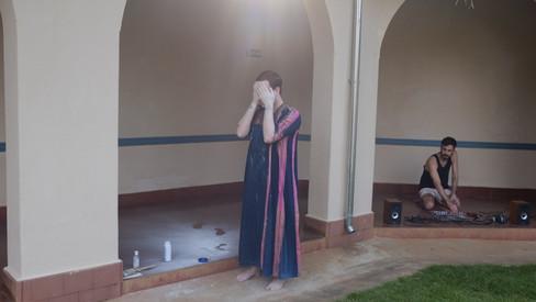 performance art - baile no palácio - gustavo francesconi e edurado amato
