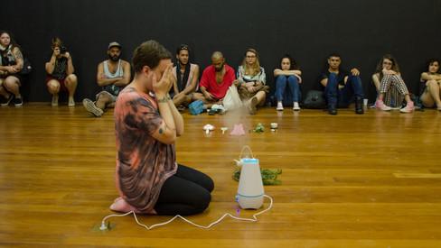 performance art - natureza viva - gustavo francesconi e edurado amato
