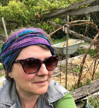 Sister Moon Gardens: Stephanie and Aislinn Cottell, Chad Kerr