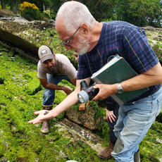 Discovering the Intertidal with Andy Lamb