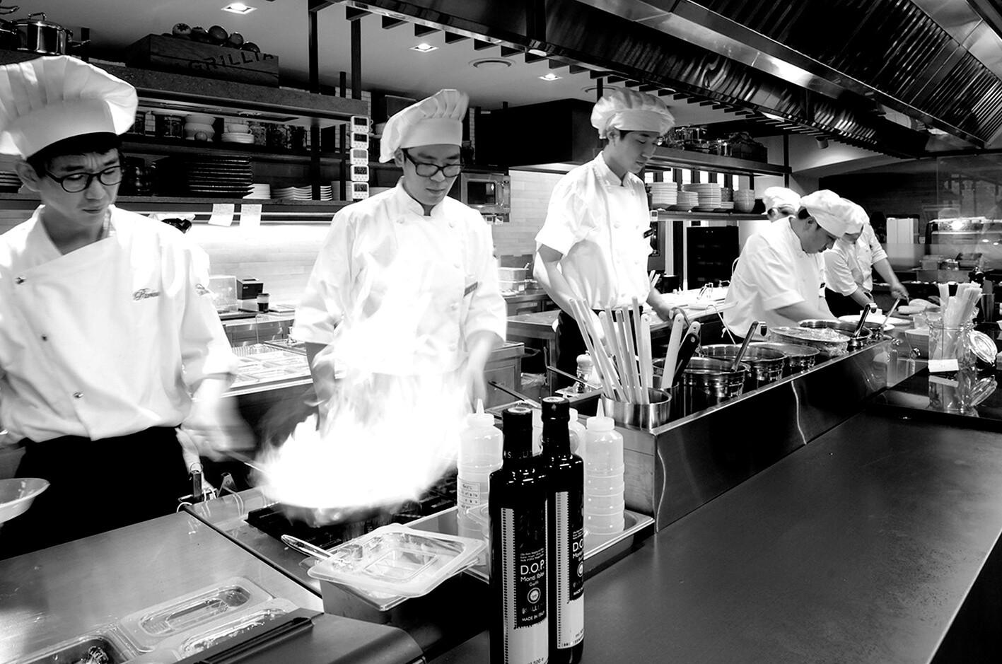 Spc Sqaure Open Kitchen.jpg