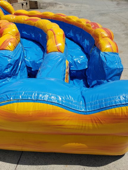 Fire and Ice Extreme Double Water Slide