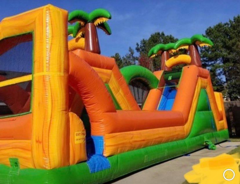 Tropical Jungle Water Slide from Jump CSRA