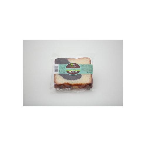 פרוסת עוגת שיש ללא גלוטן