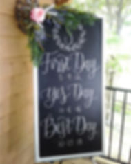 I had so much fun creating these custom chalk designs for _gabriella_32 at her bridal shower! _The l