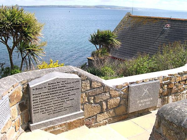 Penlee_Memorials_-_geograph.org.uk_-_848