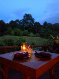 Dining with nature