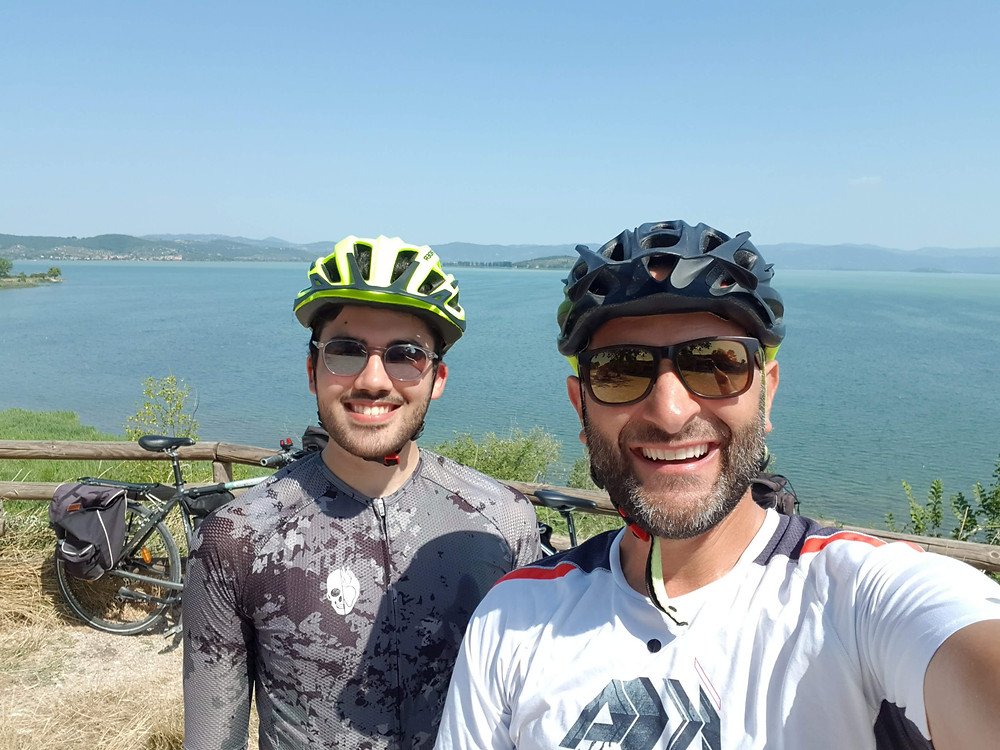 Umbria bike tours Lake Trasimeno