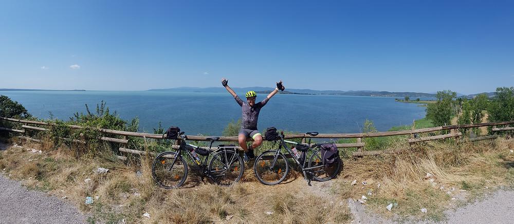 Monte del Lago - Vista Isola Polvese - Lago Trasimeno tour in bicicletta