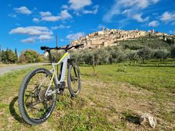 Trevi by bike