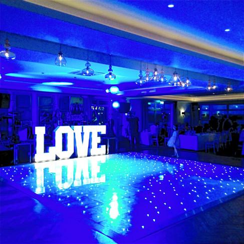 Dancefloor / Love Sign