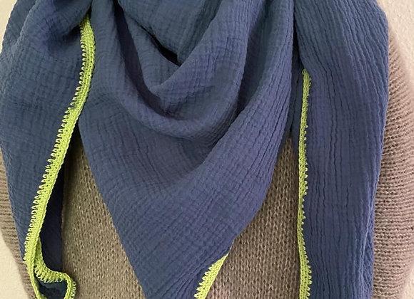 Jeansblau mit Lindgrün