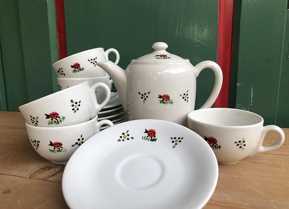 Kinder Tee Set