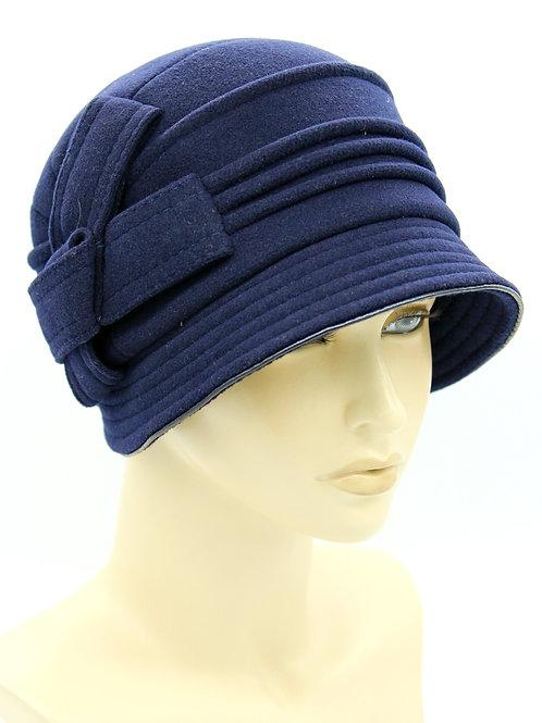 большая женская шляпа