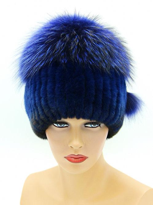 женская меховая шапка на вязаной основе