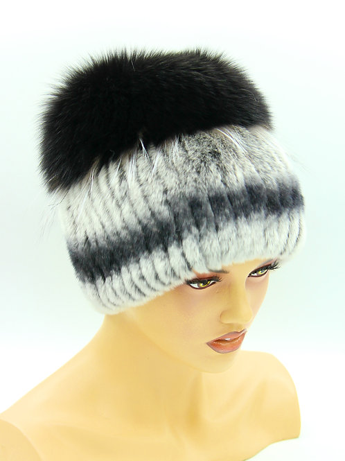 меховая женская шапка