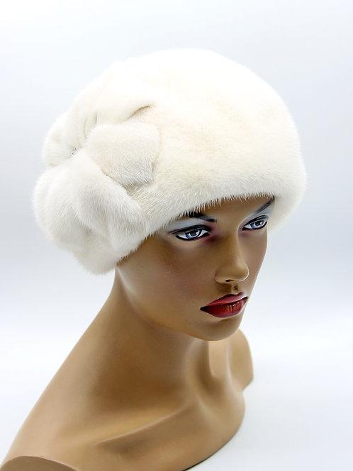 норковые женские меховые шапки