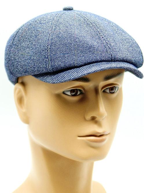 Мужская кепка восьмиклинка светло синяя.