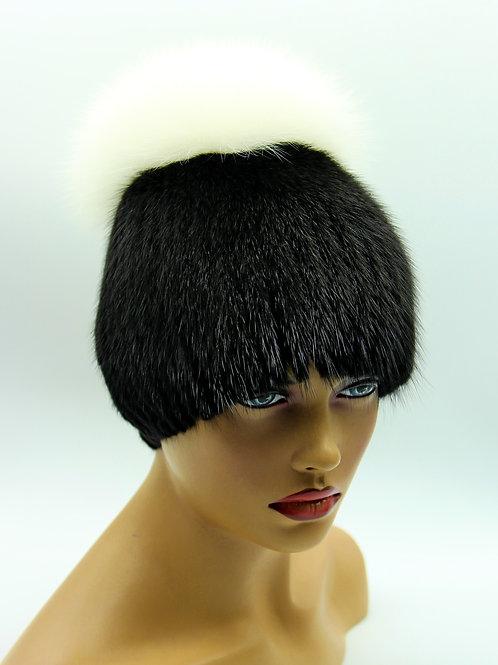 женская зимняя шапка из норки на вязаной основе