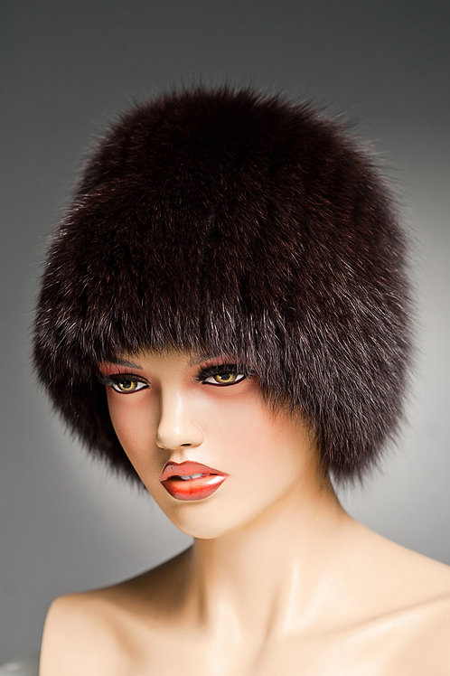 Зимняя меховая шапка из песца Кубанка (Барбара) на вязаной основе, коричневая.