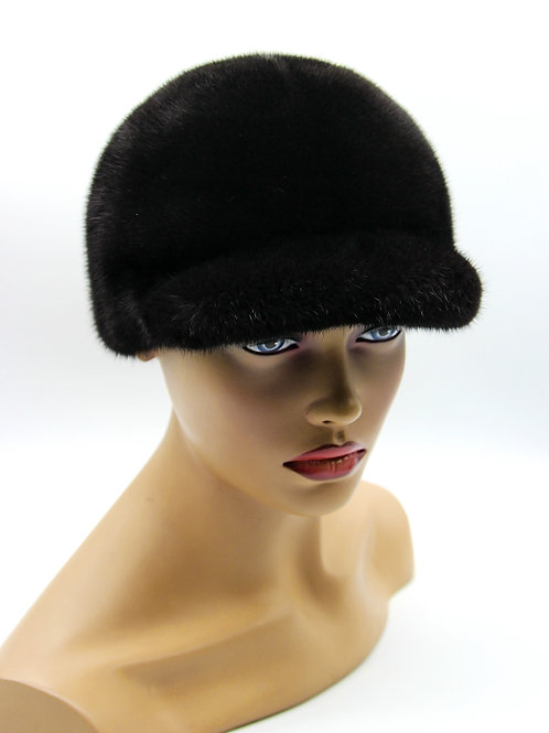 меховая женская кепка