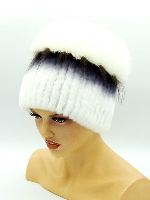 зимняя шапка на вязаной основе из песца