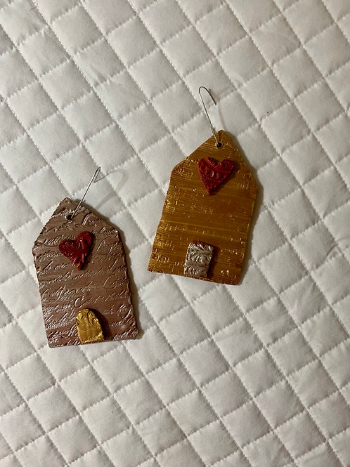 Home & Heart ornament(s)