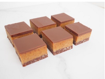 Nourshing by Sally Salted Caramel Slice