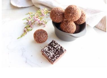 Nourishing by Sally KETO Chocolate Balls