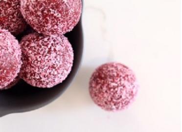 Nourishing by Sally KETO Berry Balls