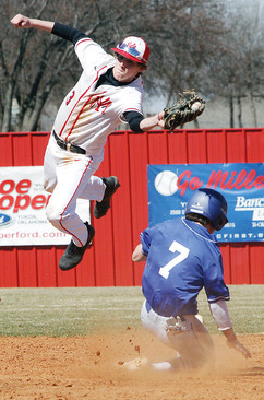 Jet leaps for ball.jpg