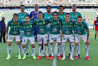 CD Guadalajara vs. Leon FC - 10/12/19 - Amistoso