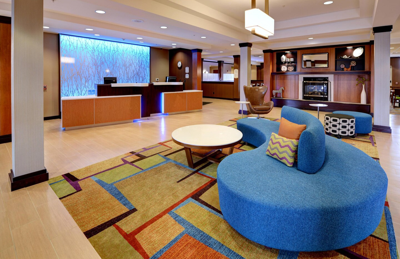 cwafi-lobby-0053-hor-clsc.jpg