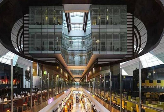 Dubai International Hotel. Terminal 3 Airport.