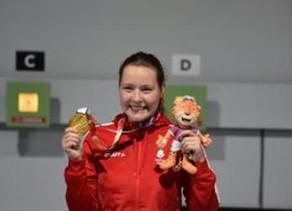 Stephanie Laura Scurrah Grundsøe vandt guld i 10 meter luftriffel ved ungdoms-OL i Buenos Aires.