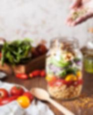 Salade dans un pot