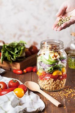 Bir Kavanoz içinde Salata