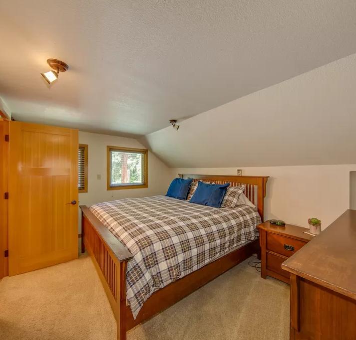 bedroom 3.webp