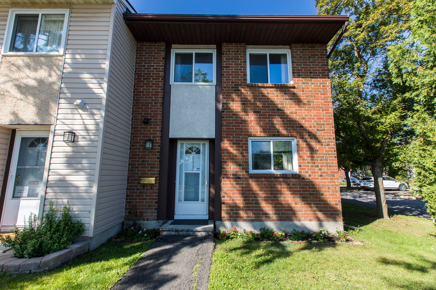SOLD 3422 Southgate Road