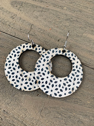 Black and White Dot Round Cork Leather Earring